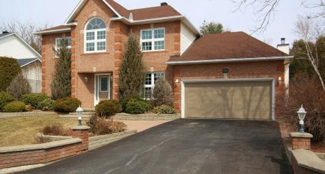 142 Lanigan Crescent, Crossing Bridge Estates, Ottawa