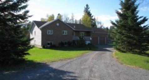 129 Carterfarm Crescent,